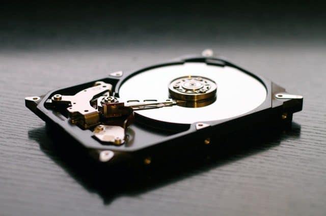 Jak zabezpieczyć swoje dane przed naprawą komputera?